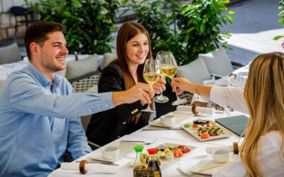 Neodoljiva kombinacija sushija i vina